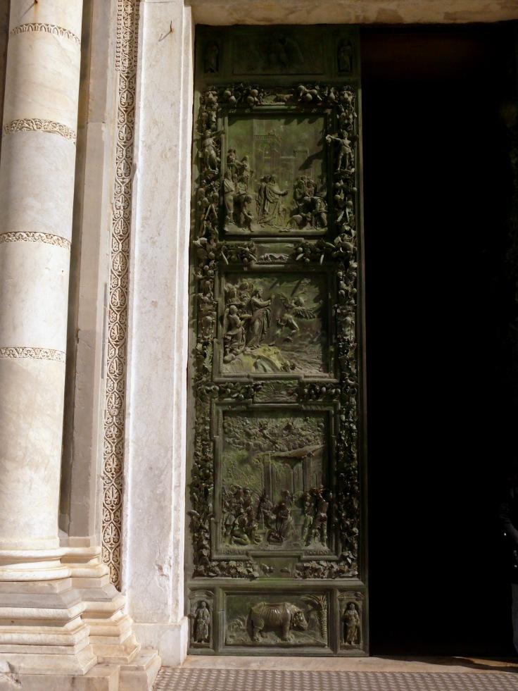 puerta-hierro-pisa
